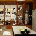 kiểu tủ tường ngăn cách giữa phòng khách và phòng bếp, bạn sẽ tận dụng được mọi diện tích.